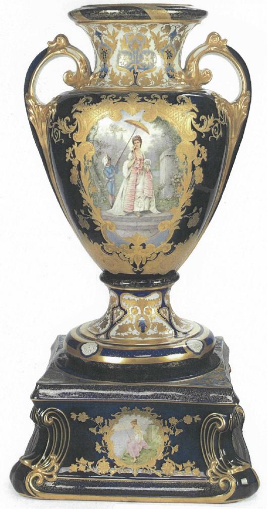Woodland Vase, Trenton Potteries Company, 1904 (cover missing). Photograph courtesy Trenton Museum Society.