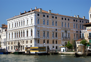 Francois Pinault's Palazzo Grassi on the Grand Canal in Venice. Image by Didier Descouens. This file is licensed under the Creative Commons Attribution-Share Alike 3.0 Unported, 2.5 Generic, 2.0 Generic and 1.0 Generic license.