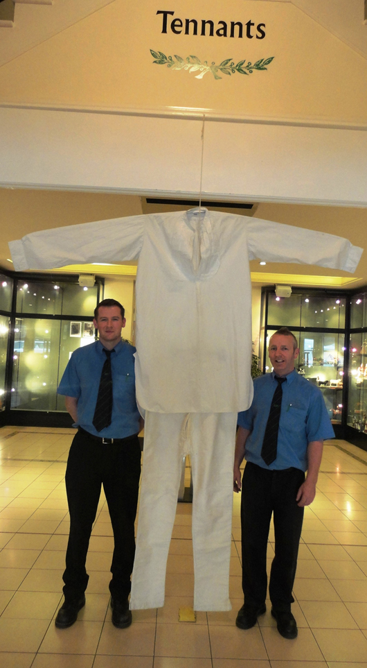 Dwarfing even the tall saleroom porters at Tennants in North Yorkshire, this cotton nightshirt and long johns made for Frederick Kempster (1889-1918), one of the tallest men in England at 8ft 4in, fetched £550 ($895) on April 28.