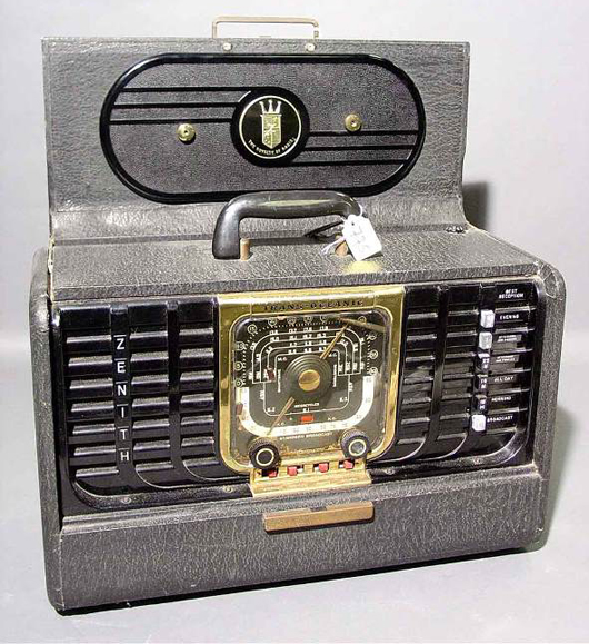 Steve Hansman's first radio was the popular Zenith Trans-Oceanic model from the early 1950s. Image courtesy LiveAuctioneers.com Archive and Hart Galleries.