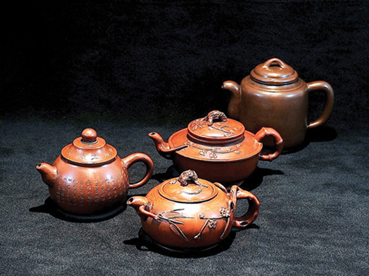 The auction will open with 43 lots of teapots from a private California collection. Image courtesy Golden State Auction Gallery.