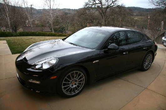 2012 Porsche Panamera, fully loaded. Government Auction image.