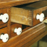 This turn of the 20th century spool cabinet has finger joints. Photo by Fred Taylor.