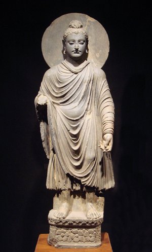 An example of a Buddha from Gandhara, first-second century, Tokyo National Museum. Image courtesy Wikipedia Commons.
