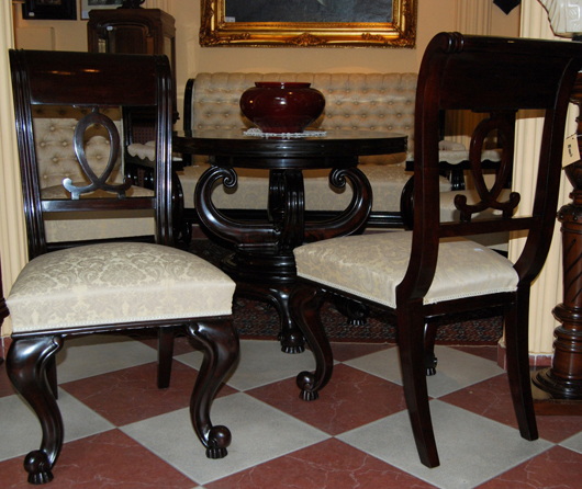 NeoBaroque English six-piece salon set. Estimate:  $11,000. European Art Gallery image.