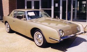 1963 Studebaker Avanti coupe. Image courtesy Wikimedia Commons.