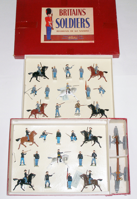 Britains 30-piece U.S. Civil War display set #2070 with Union and Confederate soldiers in two-tier box, $2,340. Old Toy Soldier Auctions image.