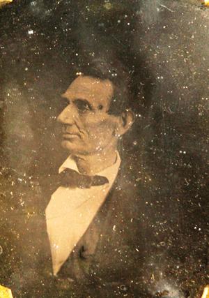 6100_1 One-quarter plate period copy daguerreotype of Abraham Lincoln. Estimate: $7,000-$9,000. Kaminski Auctions image.