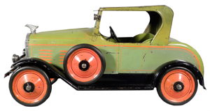 Toledo Buick pressed steel toy car in excellent, all-original condition. Estimate: $10,000-$15,000. Showtime Auction Services image.