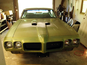 The expected star lot of the auction is this 1970 Pontiac GTO ('The Judge'), in original condition. Tim's Inc. Auctions.