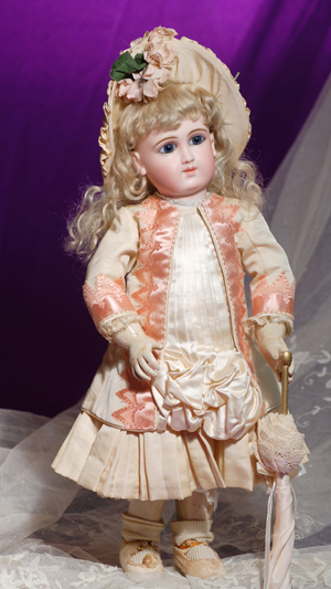 French bebe. Frasher's Doll Auctions image.