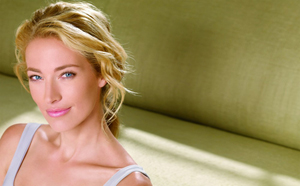 Elaine Irwin is the former face of Almay Cosmetics and Ralph Lauren. Her face has graced the covers of dozens of fashion magazines.