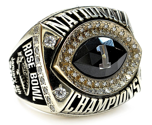 2006 Texas Longhorn football national championship ring, inscribed 'Darrell Royal, SA.' Austin Auction Gallery image.