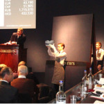 Christie's European President Jussi Pylkkanen (far right) keeps an eye on the action at Christie's London sale of Russian art on 26 November. Image Auction Central News.