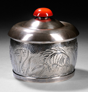 Henry Petzal silversmith (1906-2002) covered box, handwrought sterling silver and carnelian. Estimate: $1,000-$1,500. Skinner Inc. image.