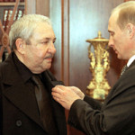 Artist Ernst Iosifovich Neizvestny receives the Order of Honor from Vladimir Putin. Image from Kremlin.ru. This file is licensed under the Creative Commons Attribution 3.0 Unported License.