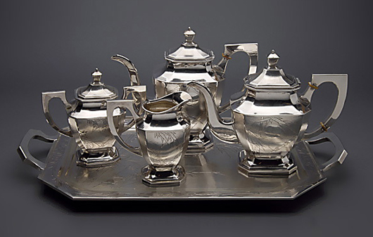 Japanese export silver four-piece tea service with matching tea tray. Estimate: $8,000-$10,000. Michaan's Auctions image.