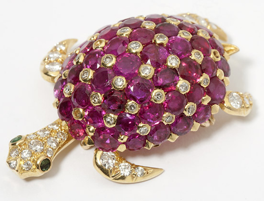 Popular animal-themed jewels included this ruby, emerald and diamond turtle, which raced to a final selling price of $1,920. It had been estimated at $700-$900.