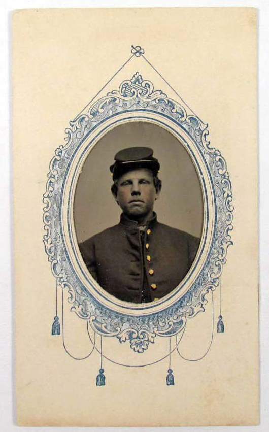 A tintype of Pvt. George H. Morris of the 9th New Hampshire Volunteers. Image courtesy of LiveAuctioneers.com Archive and Pioneer Auction Gallery.