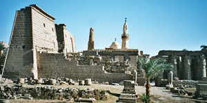 Luxor Temple, from the east bank of the Nile. Image by Hajor at the English language Wikipedia. This file is licensed under the Creative Commons Attribution-/share Alike 1.0 Generic license.