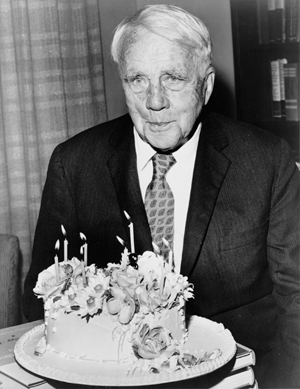 Poet Robert Frost on his 85th birthday in 1959. Image by Walter Albertin, New York World Telegram staff photographer, courtesy of Wikimedia Commons.