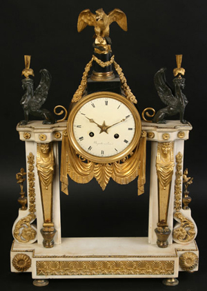 French time-and-strike mantel clock circa 1890. Kamelot Auctions image.