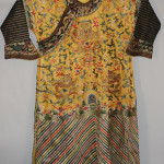 Qing dynasty Imperial family robe, est. $3,000-$5,000. Tonya A. Cameron Auctions image.