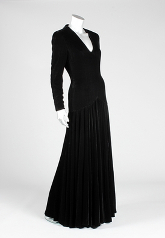 Princess Dianas Dresses Fetch 800000 At Kerry Taylor Auctions