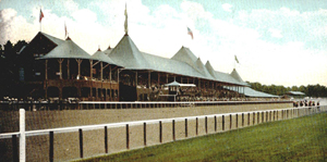 Picture postcard depicting the Saratoga track, 1907. Image courtesy of Wikimedia Commons.