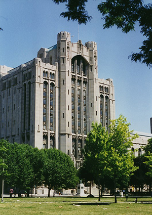 American architect George D. Mason designed Detroit's Masonic Temple, which was dedicated in 1926. Image by Einar Einarsson Kvaran. This file is licensed under the Creative Commons Attribution-Share Alike 3.0 Unported license.