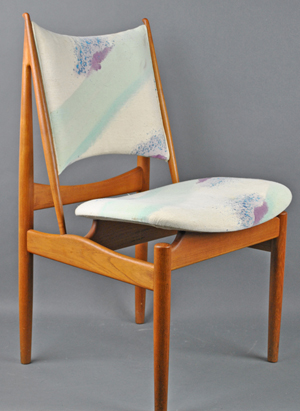 A set of six Finn Juhl for Niels Vodder Egyptian chairs sold for $22,000. Leighton Galleries image.