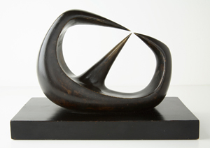 'Three Points,' 1930-1940, Henry Moore, bronze, 5 ½ x 7 1/2 x 3 7/8 inches. © 2012 The Henry Moore Foundation. Extended Loan to the Palm Springs Art Museum from the Collection of Gwendolyn Weiner.