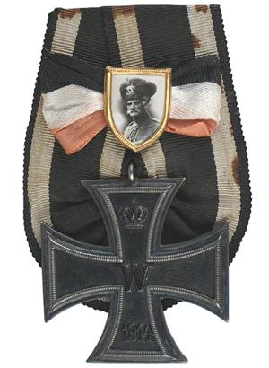 World War I 1914 Iron Cross with portrait badge of Field Marshal August von Mackensen. Mohawk Arms Inc. image.