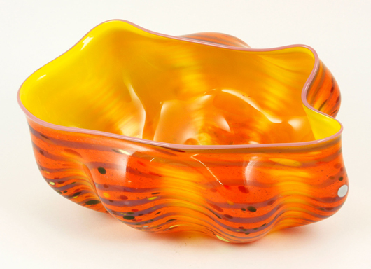 Dale Chihuly handblown glass bowl. Kaminski Auctions image.