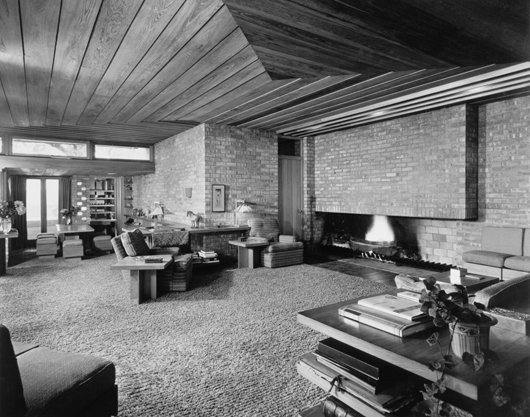 Lloyd Lewis House, living area looking toward fireplace. Libertyville, Ill., 1940. Photograph copyright The Frank Lloyd Wright Foundation Archives (The Museum of Modern Art - Avery Architectural & Fine Arts Library, Columbia University, New York. Image courtesy Rahr-West Art Museum.