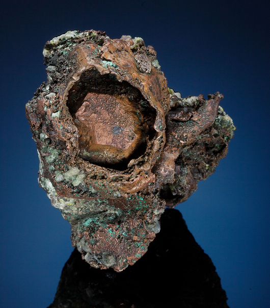 Native copper crystal inside of copper 'skull,' Keweenaw Peninsula, Michigan, 3 x 2 x 1.5 inches. Price realized: $23,750. Heritage Auctions image.