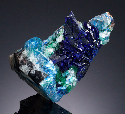 A rare world-class specimen of linarite mined in Socorro Co., New Mexico, realized $158,500, a record price. It measures 3 x 2 x 1.75 inches. Heritage Auctions image.