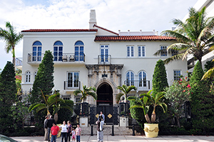 Gianni Versace mansion in South Beach, Miami, Florida. Photo taken in 2009 by chensiyuan, licensed under the Creative Commons Attribution-Share Alike 3.0 Unported, 2.5 Generic, 2.0 Generic and 1.0 Generic license.