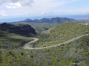 Route 66 between Kingman and Oatman, Ariz. Image by Georgia D. Griffiths, courtesy Wikimedia Commons.