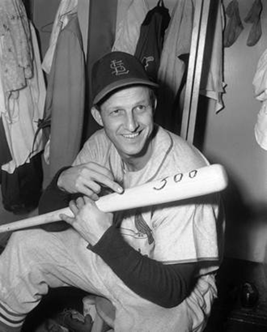 Baseball legend Stan Musial (1920-1913). Image courtesy of Heritage Auction Galleries.