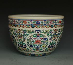 Large Doucai jardiniere, mark of Qianlong. Archive Auctions image.