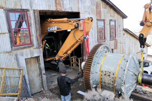 Heavy equipment hauls the ball mill to the Carissa Mine in Wyoming. Image courtesy of South Pass City State Historic Site.