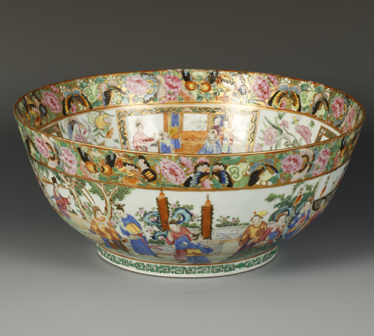 A Cantonese bowl, Qing Dynasty, that made £1,000 ($1,550) against an estimate of £200-400 at Duke's in Dorchester in August. Image courtesy of Duke's.