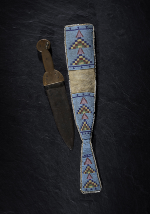 Crow Foot's blackfeet dag knife with beaded hide sheath from the collection of Marvin L. Lince, Oregon. Estimate: $40,000-$60,000. Cowan's Auctions Inc. image.
