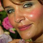 Helena Christensen showing The Pink Star Diamond in 2003. Copyright Getty Images Entertainment. Image courtesy of Sotheby's.