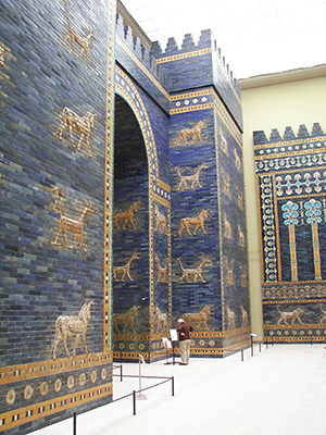 Ishtar temple gate at the Vorderasiatisches Museum in Berlin. This file is licensed under Creative Commons ShareAlike 1.0 License.