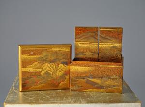 Maki-e Japanese Edo Period incense box. Manatee Galleries image.