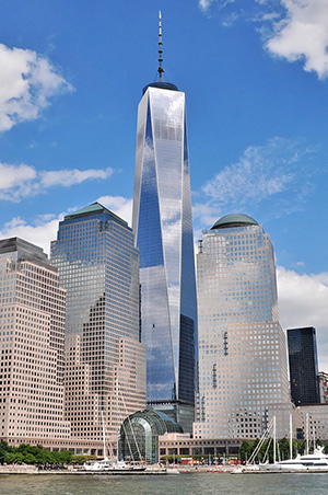 One World Trade Center as seen from the Hudson River. Image by Joe Mabel. This file is licensed under the Creative Commons Attribution-Share Alike 2.0 Generic license.