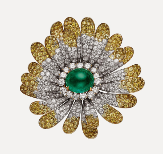 Bulgari flower brooch, 1968; platinum, emerald, white and yellow diamonds. Image courtesy FAMSF