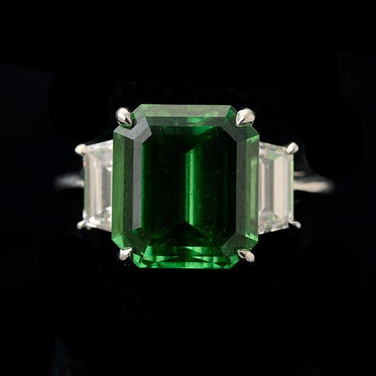 Tiffany & Co. tsavorite, diamond, platinum ring. Price realized: $17,700. Michaan's Auctions image.
